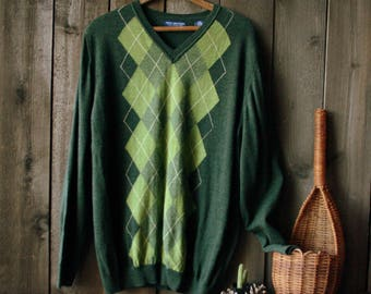 Mens Wool V Neck Pullover Sweater in Green Argyle Italian Merino Wool Soft Size Medium Vintage From Nowvintage on Etsy and Nowvintagefinds.