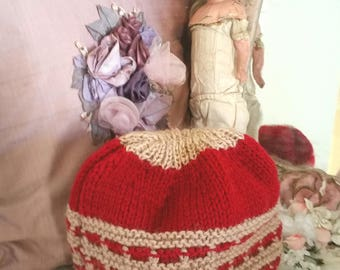 vintage tea cosy, vintage teapot cover, 70s home, burgundy and beige, WW2 home