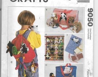 Uncut, Bean Bag Animal Accessories, McCalls Crafts 9050, Tote Bag, Wall Organizer, Backpack, Sleeping Bag, Fits Beanie Babies, Tote Carrier