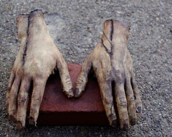 Severed Human Zombie Hands - Male Right and Left - Halloween Gift horror movie prop - Texas Chainsaw Massacre / Walking Dead inspired