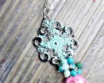pink and turquoise crackle quartz and gemstone pendant necklace//turquoise//amazonite//quartz//jewelry//necklace//ladies jewelry