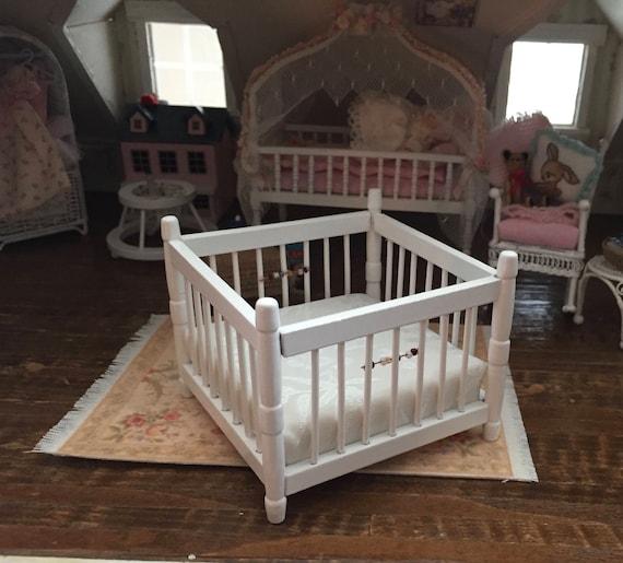 Miniature White Playpen, Dollhouse Miniature Furniture, 1:12 Scale, Dollhouse Nursery Decor, Miniature, Dollhouse Accessory