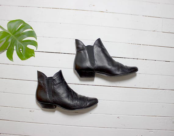 Vintage Chelsea Boots 7.5 / Leather Ankle Boots / Black Leather Boots / Ankle Boots Women / Black Leather Ankle Boots