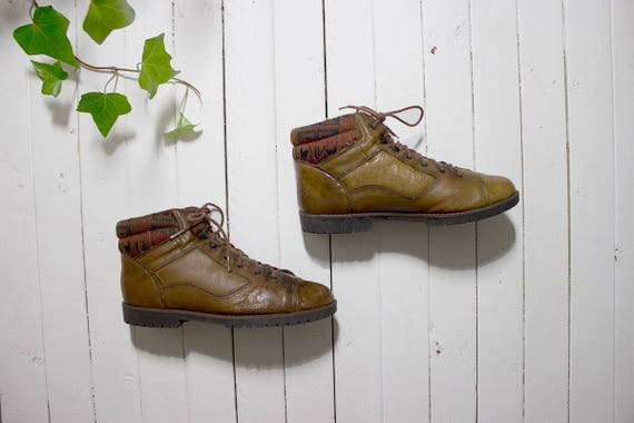 Vintage Ankle Boots 8 / Brown Leather Ankle Boots / Sweater Cuff Boots / Ankle Boots Women
