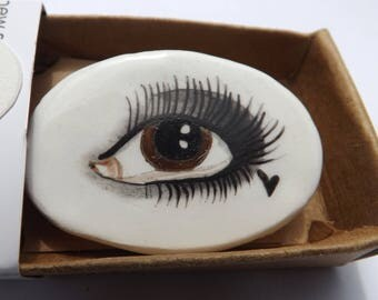 Kitty Eye brooch- hand made, hand painted porcelain, lustre detail, porcelain brooch, ceramic brooch, evil eye, illuminati, quirky accessory