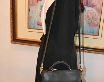 On Sale COACH Bag~Black  Leather Bag~ Coach Station Bag~ Handbag ~Crossbody~ Great Condition
