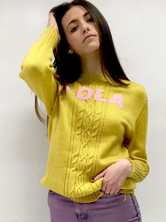 Yellow Knitwear Wool Sweater  LOLA DARLING Cable Knit Recycled by Sample Garment. LOLA Pink Flock Printing. Unique Piece Made in Italy