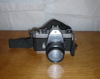 Honeywell Pentax Spotmatic F 35mm Camera 1970s
