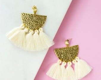 Ivory Fringe Earrings, Tassel Earrings, Boho Earrings, Modern Earrings, Statement Earrings, Drop Earrings, White Earrings, Gifts for her