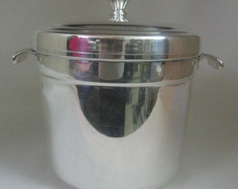 Ice Bucket Silver Plate With Handles Plastic Liner #665 International Silver Co 1980