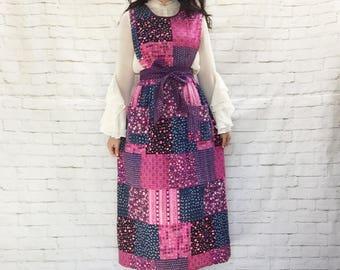 Vintage 70s Patchwork Calico Pinafore Apron Wrap Jumper Dress Pink Blue Purple Prairie Bohemian Pockets Floral