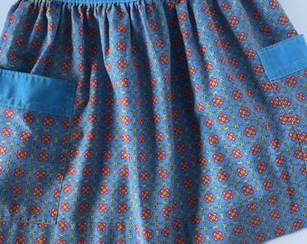 Vintage Blue Floral Apron with Pockets