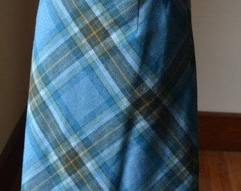 Vintage Virgin Wool Plaid Skirt By Pendleton Size 8, Blue Wool Plaid Skirt