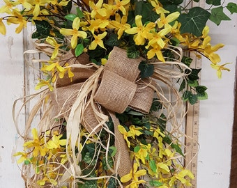 Forsythia swag  - Wreath Great for All Year Round - Everyday Burlap Wreath, Door Wreath, Front Door Wreath, wedding wreath, forsythia