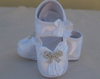 Baptism girls Shoes White 0 to 2, Victorian, Crystals Satin Mary Janes, Soft Sole Crib Booties, Christening,Baptism,Blessing, Gift
