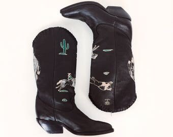 70's Hand Painted Black Leather Western Boots // Women's size 5 5.5
