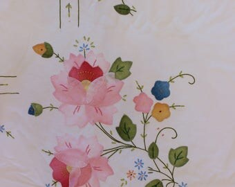 Large Pink Floral Tablecolth Flowers Matching Napkins Potluck Picnic Linens Country Home Decor Vintage 1960s 60s (Q)