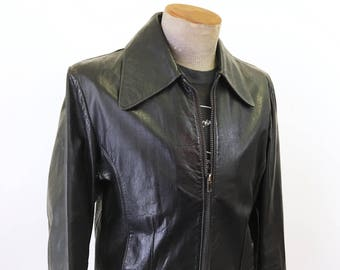 1970s Men's Black Leather Jacket Disco Era Vintage Leather Motorcycle Jacket / Coat by William Barry - Size MEDIUM