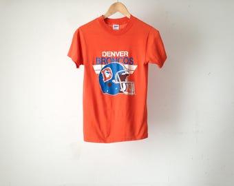 vintage Denver BRONCOS football 80s SUPER BOWL faded broncos champ t-shirt top