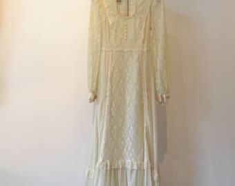 Vintage Gunne Sax Lace Maxi Dress. Peasant, prairie, Boho, wedding 80s gauze Ivory Size 7