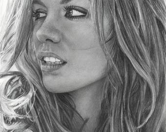Graphite Drawing Print of Actress Kate Beckinsale