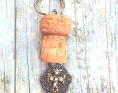 Cross key chain - Religio...