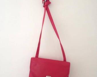 Vintage Worthington 80s/90s Red Genuine Leather Worthington Shoulder Bag Cross Body Purse