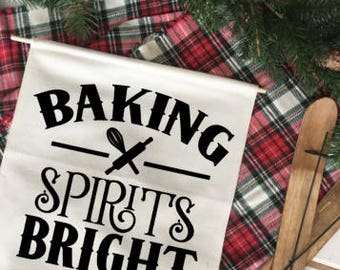Baking Spirits Bright/ Christmas wall decor/ north pole/ christmas decoration/ wall hanging/ farmhouse christmas/ christmas sign