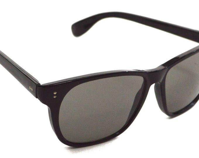 Vintage 70s Deadstock Black Wayfarers Sunglasses Shades