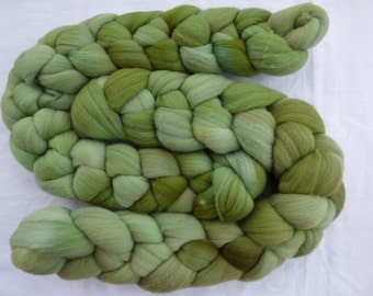 Green Rambouillet - Hand Dyed Wool Roving (Top) - 100g
