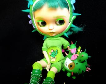 Ooak custom Blythe doll - Cactus and her dog Spikey