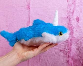 Sharky Einhornhai Handgemachtes Plüschtier Kuscheltier Spielzeug