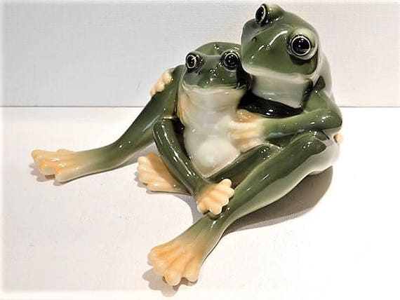 Franz Porcelain Frog Collection Amphibia Frog Mother and Daughter Figurine Amphibian Vintage Cottage Farmhouse Home Decor Wildlife Nature