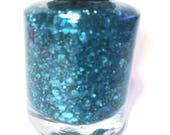 Totally Teal glitter nail polish