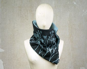 Button Scarf, Ecofriendly Winter Scarf, Wildflower Screenprint Scarf, Warm Scarf, Black Neck Warmer, Cowl, Vintage Fabric organic cotton