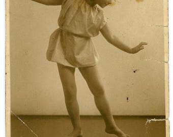 Vintage 1920s Original Black & White photo Little German Girl Dancer ~ B45 Photo Postcard