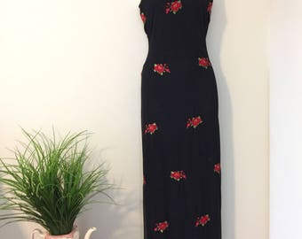Black Rose Dress Size Small