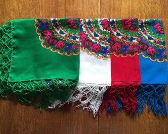 Folk shawl with fringe / Ethnic Polish folk scarf / beautiful colourful scarf / flower pattern / Gift for women / Mother's Day