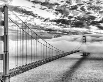 Black and White San Francisco Print Art - Black and White Romantic Golden Gate Bridge Photography - Beautiful Sunset Picture in Monochrome