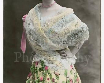 Bella Leonor Edwardian Spanish Pretty Woman RPPC Tinted Postcard - Tarjeta Postal Espana - Spain Ernesto Madrid - Unposted Unused