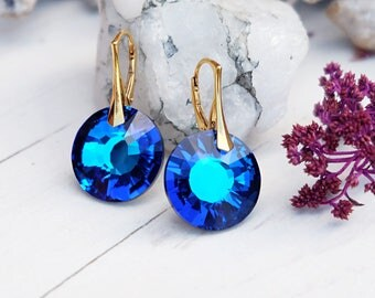 Electric blue bridal earrings bridesmaid gift Round Swarovski crystal earrings Rose gold silver dangle earrings Blue bridesmaid earrings 1