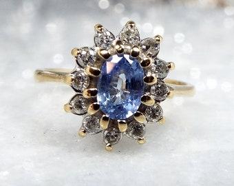 Vintage 1988 9ct Yellow Gold Cornflower Blue Sapphire & Diamond Daisy Cluster Ring / Size J 1/2