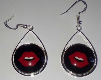 RED LIP cabochon earrings