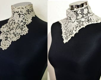Lot of 2 Victorian / Edwardian high-necked lace collars beautiful designs! bridal/ costume building