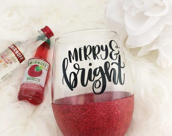 Merry and Bright Stemless Glitter Wine Glass - Stemless Wine Glass - Glitter Glass - Christmas Gift - Glitter Dipped - Wine