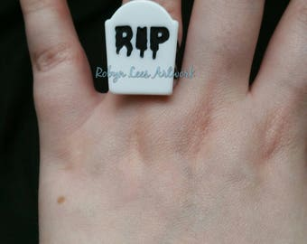 White Acrylic Headstone Tombstone Adjustable Black Filigree Ring with Dripping RIP Letters. Costume, Halloween, Gothic