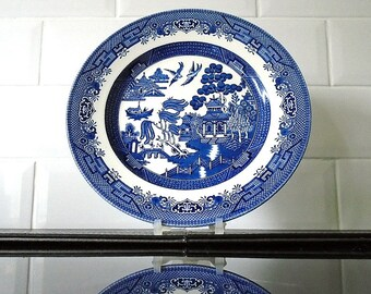 Vintage Churchill Willow Pattern Small Dinner / Salad / Dessert Plate