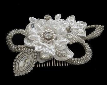 Emmaline Bridal Headpiece, Vintage Lace Wedding headpiece, Lace headpiece, Bridal Comb, Wedding Accessories,