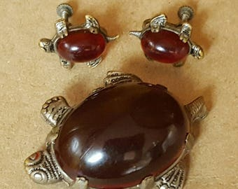 Awesome, vintage 40's, silver tone, novelty, turtle or tortoise, brooch and screw back earring set with red glass cabochons!