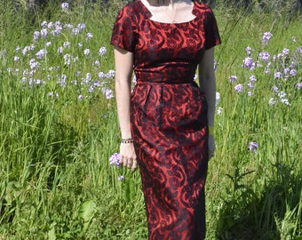 AMAZING Vintage Rockabilly Pin Up Bombshell Red Wiggle Dress with Black Lace Overlay